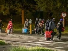 Roemenen na bewogen dag in 's-Heerenberg terug in thuisland: 'Vervoer terug kwam later dan gepland'
