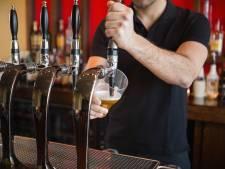Twist om Budels Bier in sportcomplex Zuiderpoort Budel