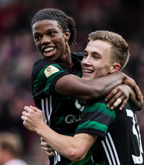 Van Bronckhorst wil extra elftal om ellende met Feyenoord 2 op te lossen