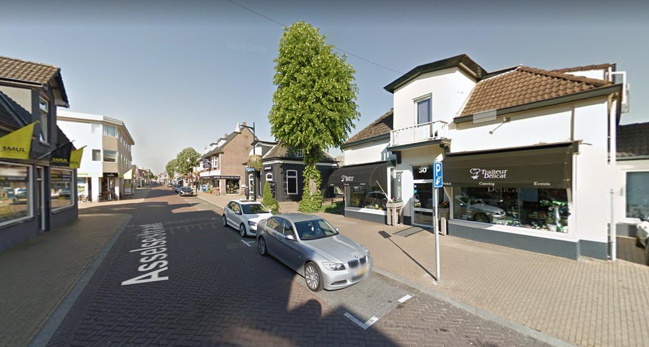 De Asselsestraat in Apeldoorn. Hier vond de vechtpartij plaats.