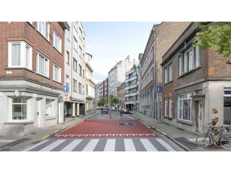 De toegang tot de fietsstraat in de Rijselsestraat, aan de kant van het Louis Robbeplein. Alle twaalf de toegangen krijgen een groot rood vlak dat een verkeersdrempel simuleert, een officieel verkeersbord aan beide kanten van de weg én daaronder nog eens een eigen stadsbord met vermelding van 'auto verplicht achter fietser' en de maximumsnelheid van 30 kilometer per uur.