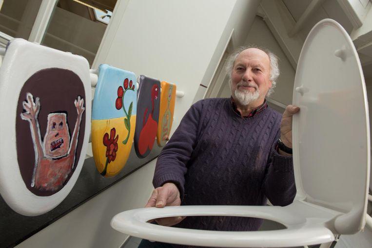 Zwalmse kunstenaars decoreren wc brillen voor actie rond darmkanker zwalm regio hln - Een wc decoreren ...