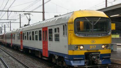 Asbest ontdekt in passagierstreinen