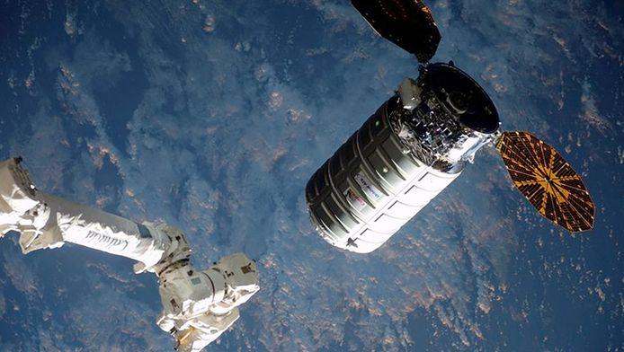 Het Amerikaans ruimtecargo Cygnus