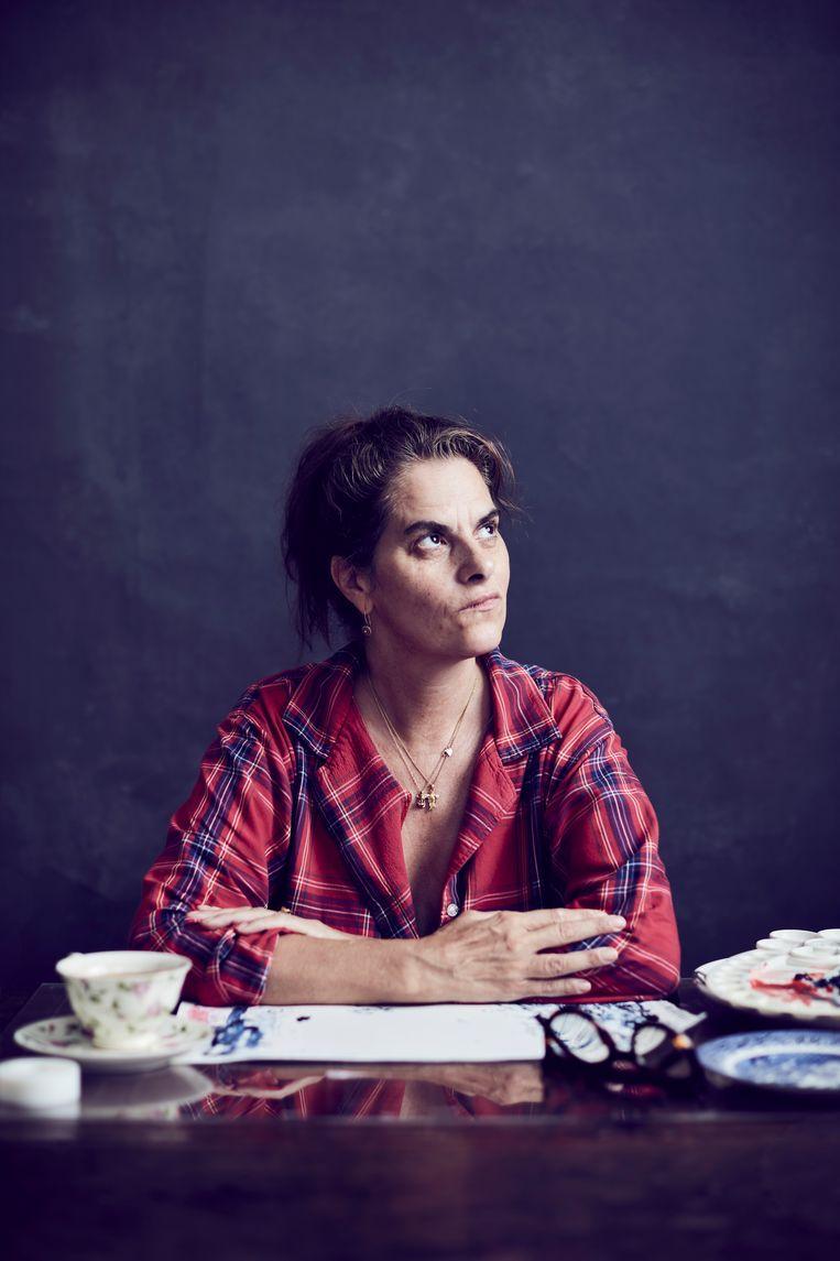 'In mijn nieuwe huis kan ik opstaan en in mijn pyjama gaan schilderen. Ik wil me nu gewoon behaaglijk voelen.En werken.'  Beeld Alun Callender