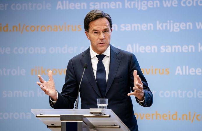 Premier Mark Rutte tijdens een persconferentie over de coronamaatregelen.