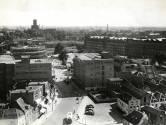 De Inktpot: in 1953 op eenzame hoogte de skyline bepalend. En nu op eenzame hoogte de mooiste