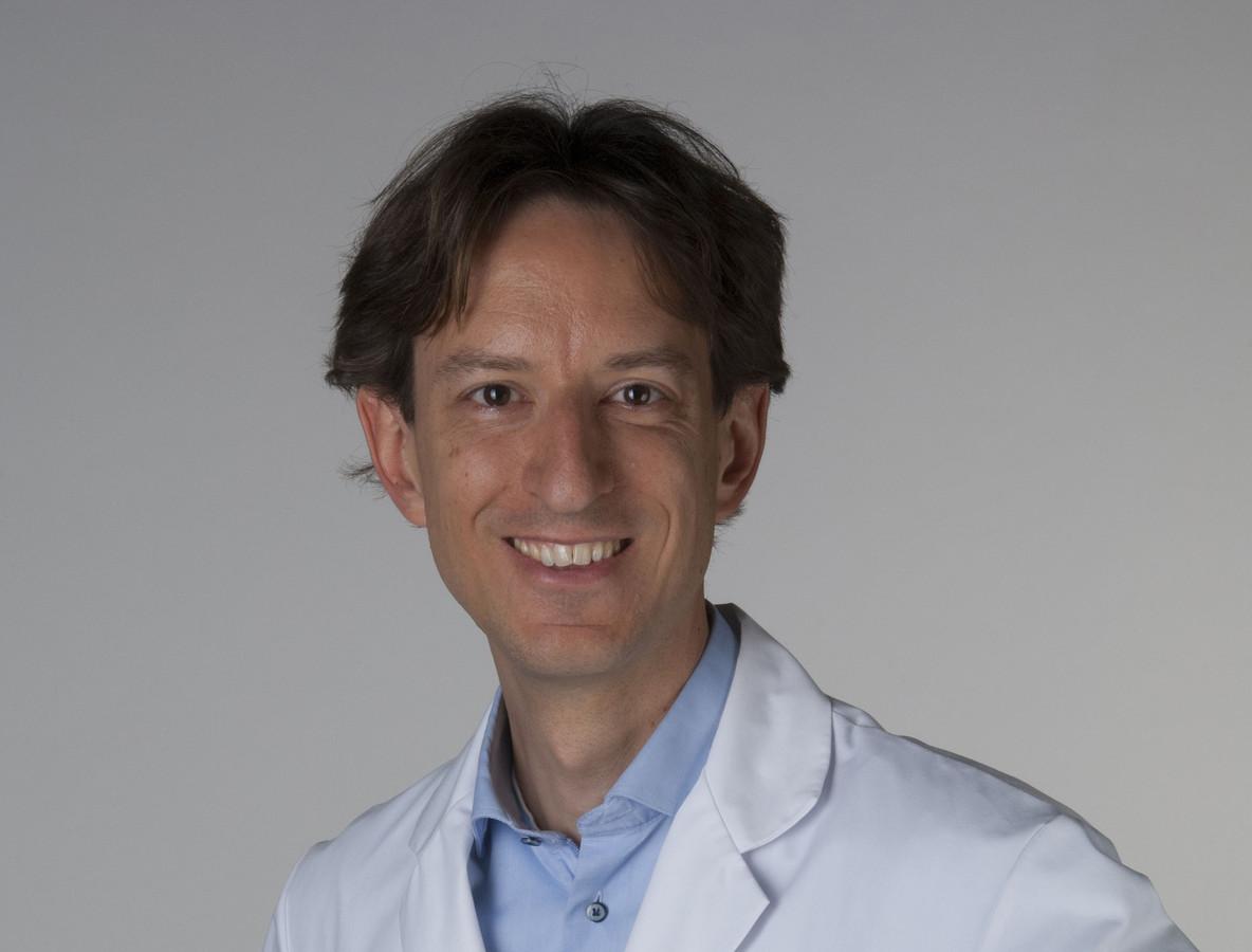Neuroloog Mervyn Vergouwen werkt op de afdeling Cerebrovasculaire ziekten van het UMC.