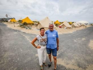 """REPORTAGE. Eerste luxueuze 'strandcamping' aan de kust geopend: """"Zelfs als je niet houdt van kamperen is dit een aanrader"""""""