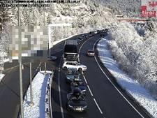 Veel files op weg naar de sneeuw