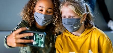 Schermtijd beperken bij kinderen grootste uitdaging voor ouders: dit kun je doen