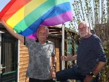 Dit koppel trouwde 20 jaar terug als eerste homo-stel op de Veluwe: 'Hand in hand door Amsterdam? Dat durven we niet meer'