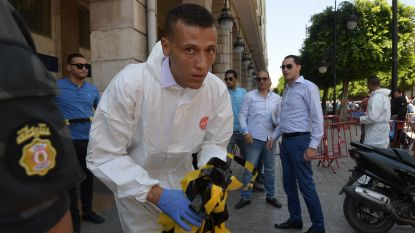 Zelfmoordaanslag tegen agenten in centrum Tunis