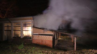 Kantine aan visput volledig uitgebrand: kwaad opzet niet uitgesloten