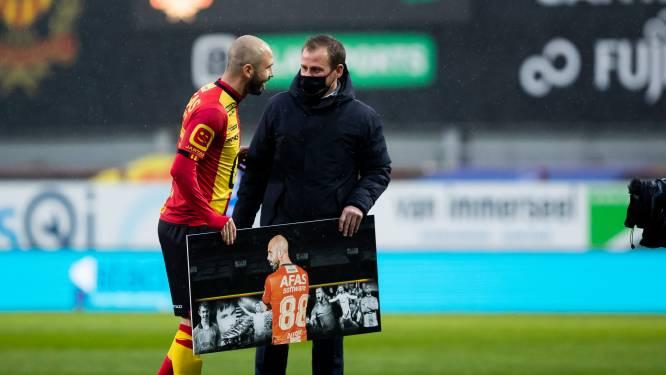 Afscheidnemende Defour pinkt traantje weg voor aftrap van laatste (?) thuismatch voor KV Mechelen