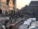 Op de Graslei was het dinsdag iets drukker, maar ook daar moest de politie niet tussenkomen.