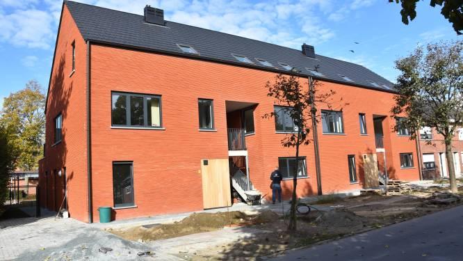 Bouwproject Woonveer is klaar: 11 oude huizen maken plaats voor 21 moderne woningen