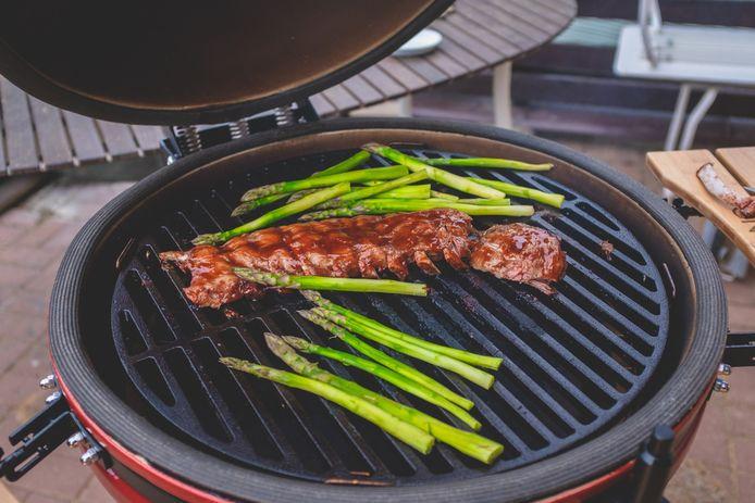 Een luxe barbecue verhoogt je status.