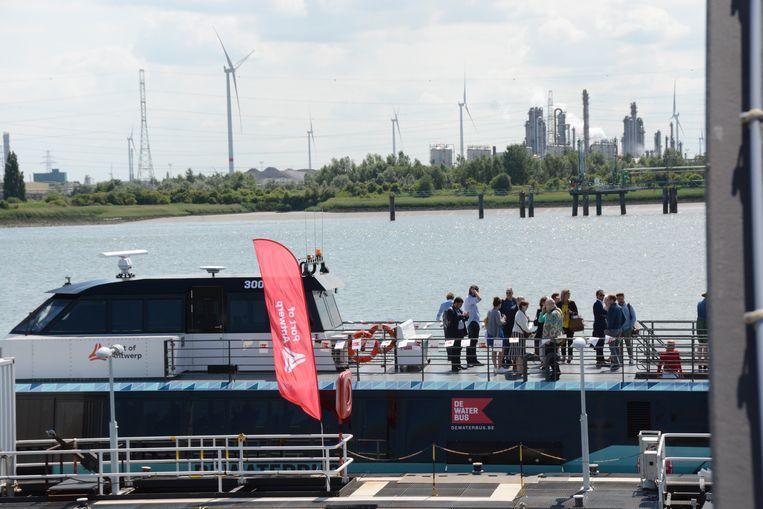 De nieuwe boten hebben in tegenstelling tot de voorgangers een zonneterras.