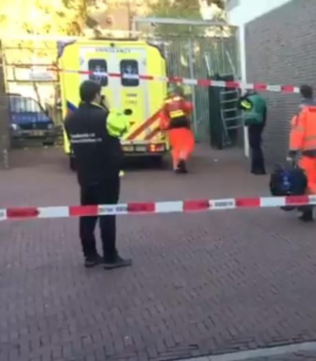 Schilder (53) overleden na val van steiger in Dordrecht