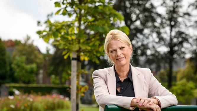 Angélique Karnebeck bij vertrek uit gemeentehuis: 'Ben retetrots op Haaksbergs noaberschap'