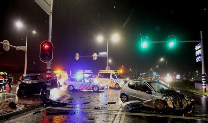 Ongeluk Zaltbommel kruising Steenweg met de van Heemstraweg West.