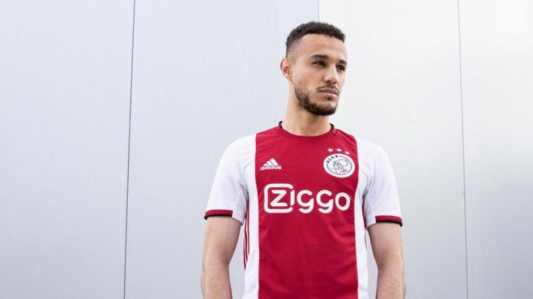 Ajax presenteert nieuw thuistenue | Het Parool