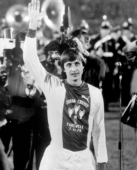Johan Cruyff voor zijn laatste wedstrijd ooit.