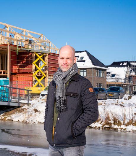 Zeecontainers zagen alle hoeken van de wereld, nu bouwt Stefan er een huis van