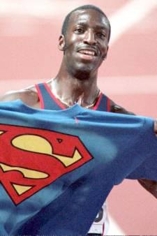 Snelste atleet ooit strompelt nu door kliniek: 'Ik zal volledig herstellen'