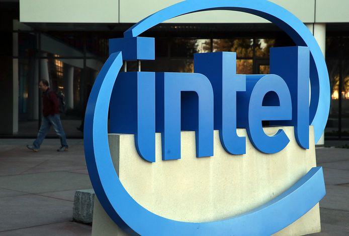 Het logo van Intel bij het hoofdkwartier in Californië in de VS.