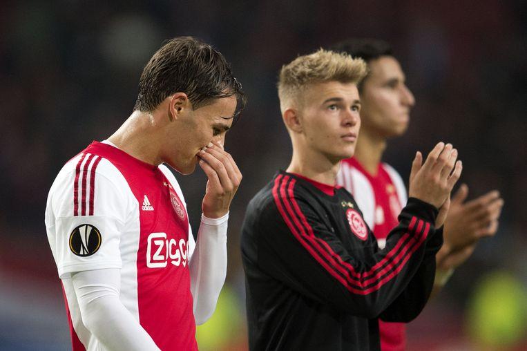 Ajax kocht dit jaar Nemanja Gudelj (L) en Daley Sinkgraven voor veel geld Beeld anp
