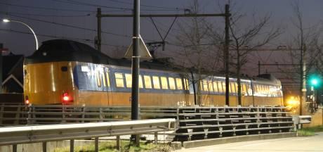 Geen treinverkeer tussen Deventer en Rijssen door fiets op het spoor