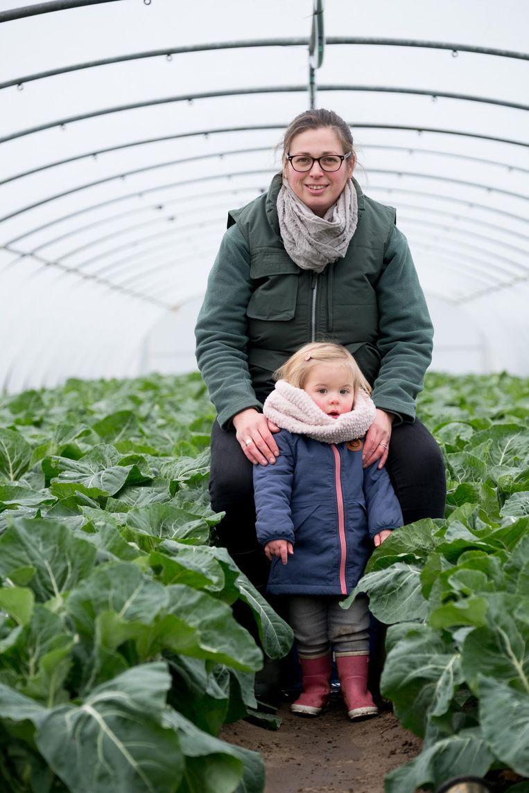 Een archieffoto van Evi Van Camp met haar dochtertje Lotte.