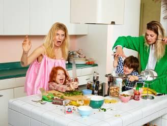 """INTERVIEW. Laurence Roothooft (34) en Martena Duss (39) over hun nieuwe kookboek en chaotische leven. """"Shit, wat wij doen is marginaal"""""""