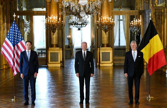 Premier Alexander De Croo, Amerikaans president Joe Biden en koning Filip.