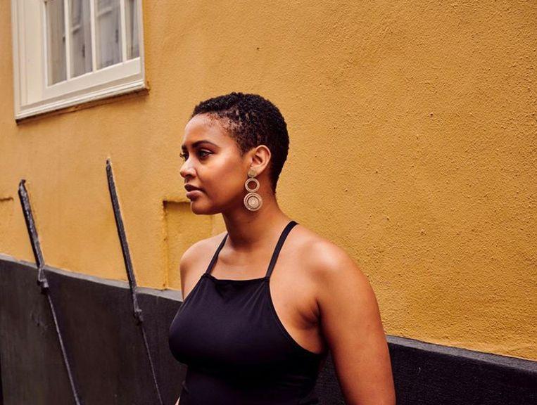 Spokenwordartiest, schrijver en journalist Zaïre Krieger. Beeld