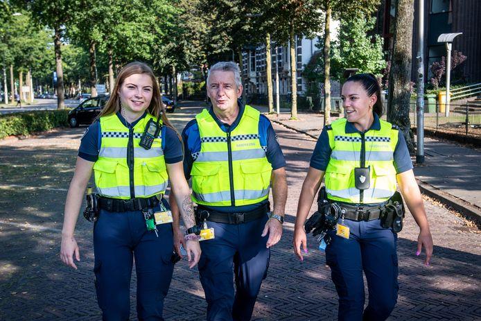 Demi, Paul en Ilse (vanaf links) zijn drie van de vier boa's die in Nijmegen en het Land van Cuijk overlast gevende jonge asielzoekers van vooral de azc's in Overloon en Grave achter de vodden zitten.