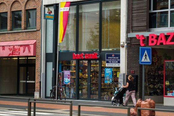 Bart Smit Sluit Binnenkort De Deuren Mortsel In De Buurt