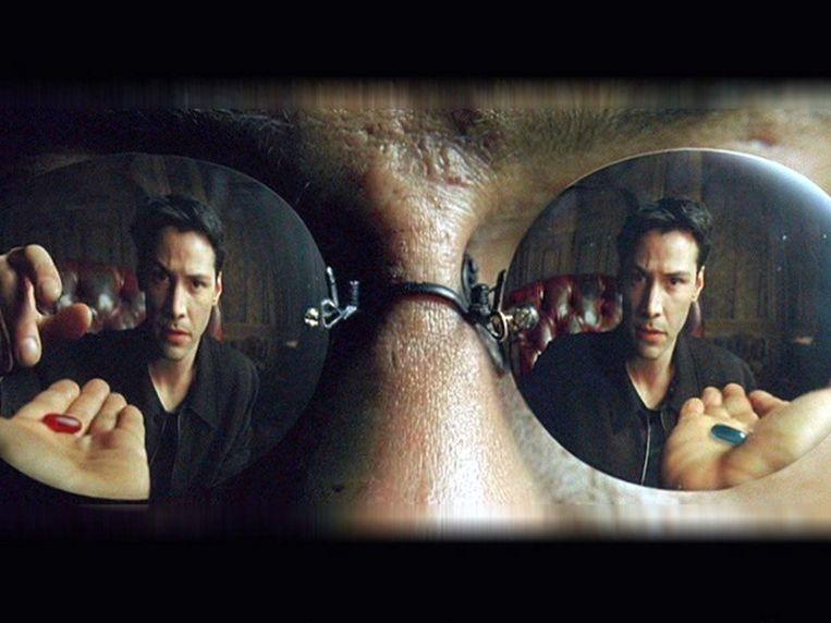 Neo - Matrix - Red or Blue Pill Beeld RV