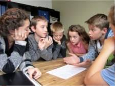 Wat betekent vrijheid voor kinderen? Jongeren gaan in gesprek met veteraan