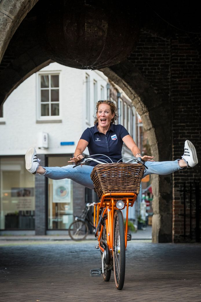 Kirsten Wild in de binnenstad van Zwolle.