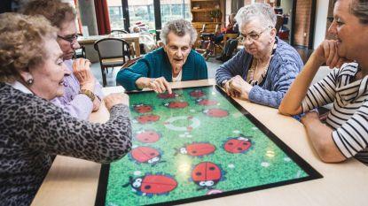Senioren helemaal weg van 'belevenistafel'