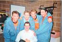 Kapper Marc Dekegel tijdens zijn jaren achter de schermen van Tien Om Te Zien op de foto met Get Ready!