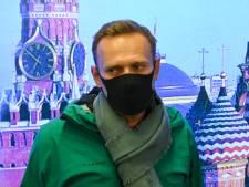 """Arrêté dès son arrivée à Moscou, Alexeï Navalny dénonce une """"parodie de justice"""""""