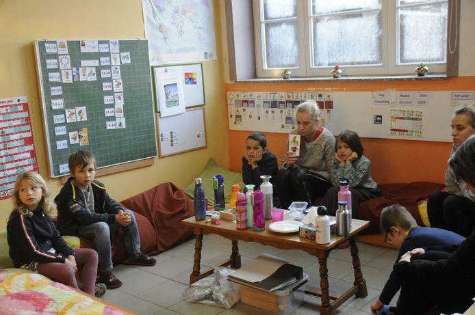 Tijdens een sessie meditatie in De Toverwijzer.