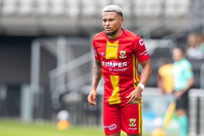 Dabney Dos Santos gaat niet met Go Ahead Eagles mee de eredivisie in. De aanvaller was de voorbije weken op proef in Deventer.