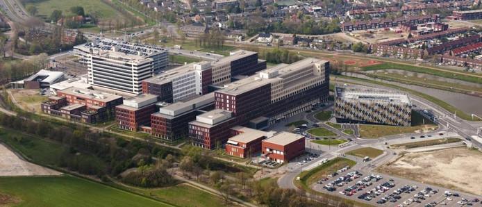 Het Jeroen Bosch Ziekenhuis in Den Bosch, vanuit de lucht gefotografeerd. Foto: Albert van den Boomen