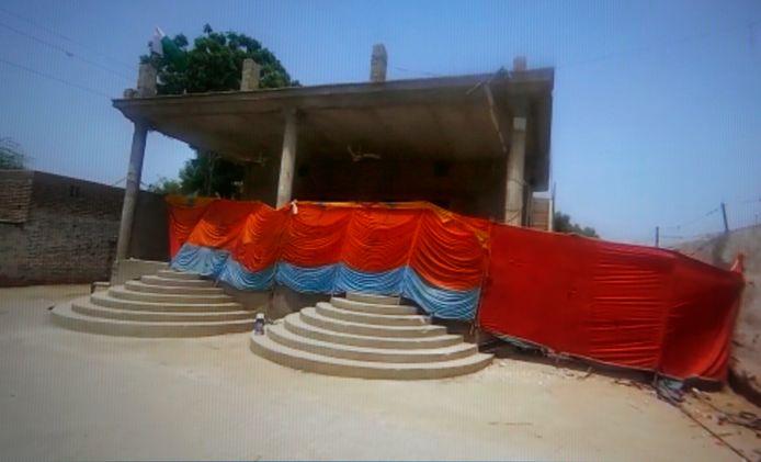 De tempel werd afgegrendeld na de aanval.