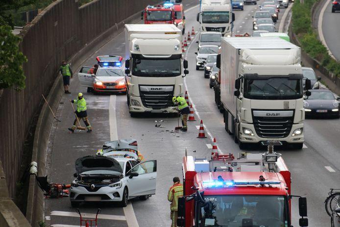 Het ongeval veroorzaakte de nodige verkeershinder.